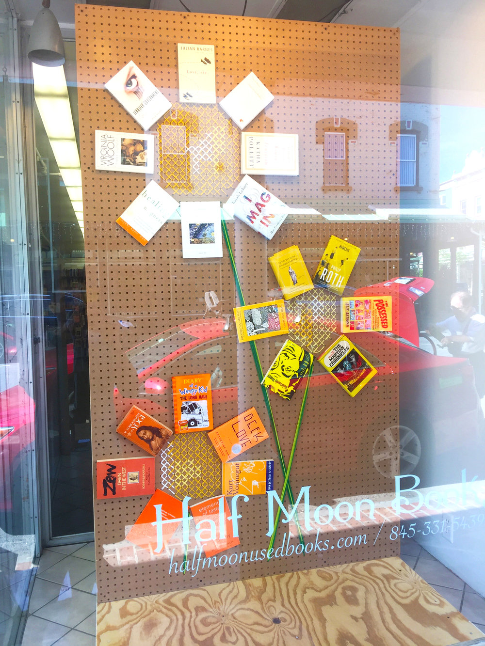 pioneeragency.halfmoonbooks.summerwindowflower2.jpg