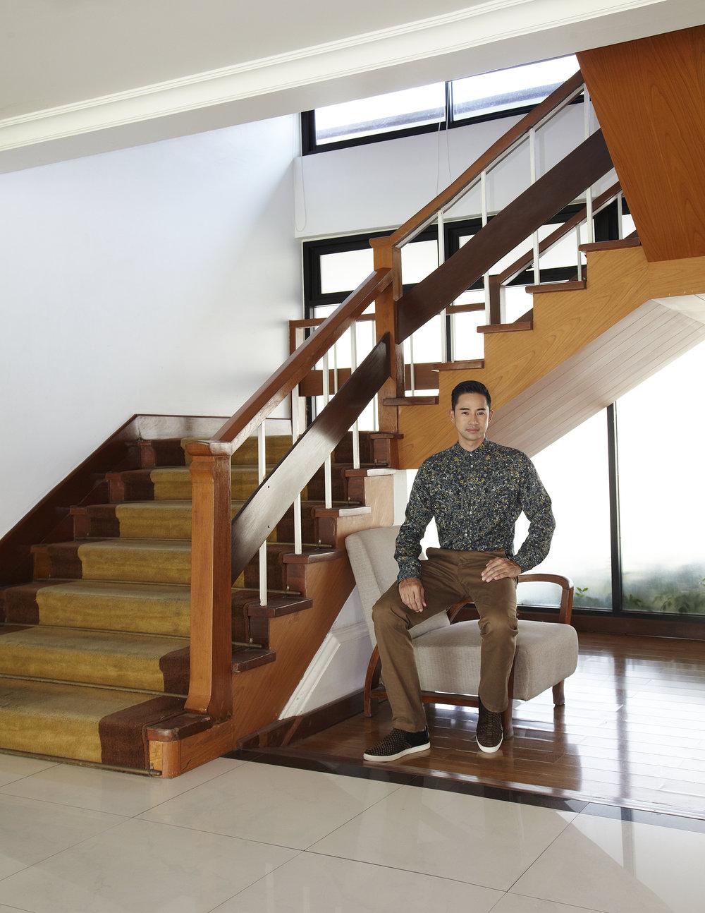 Honourary Model : Narongchai Kunpluem, The Mayor of Saensuk City Municipality  Clothes : HERMES / shoes : Christian Louboutin  Location :Bangsaen Heritage Hotel
