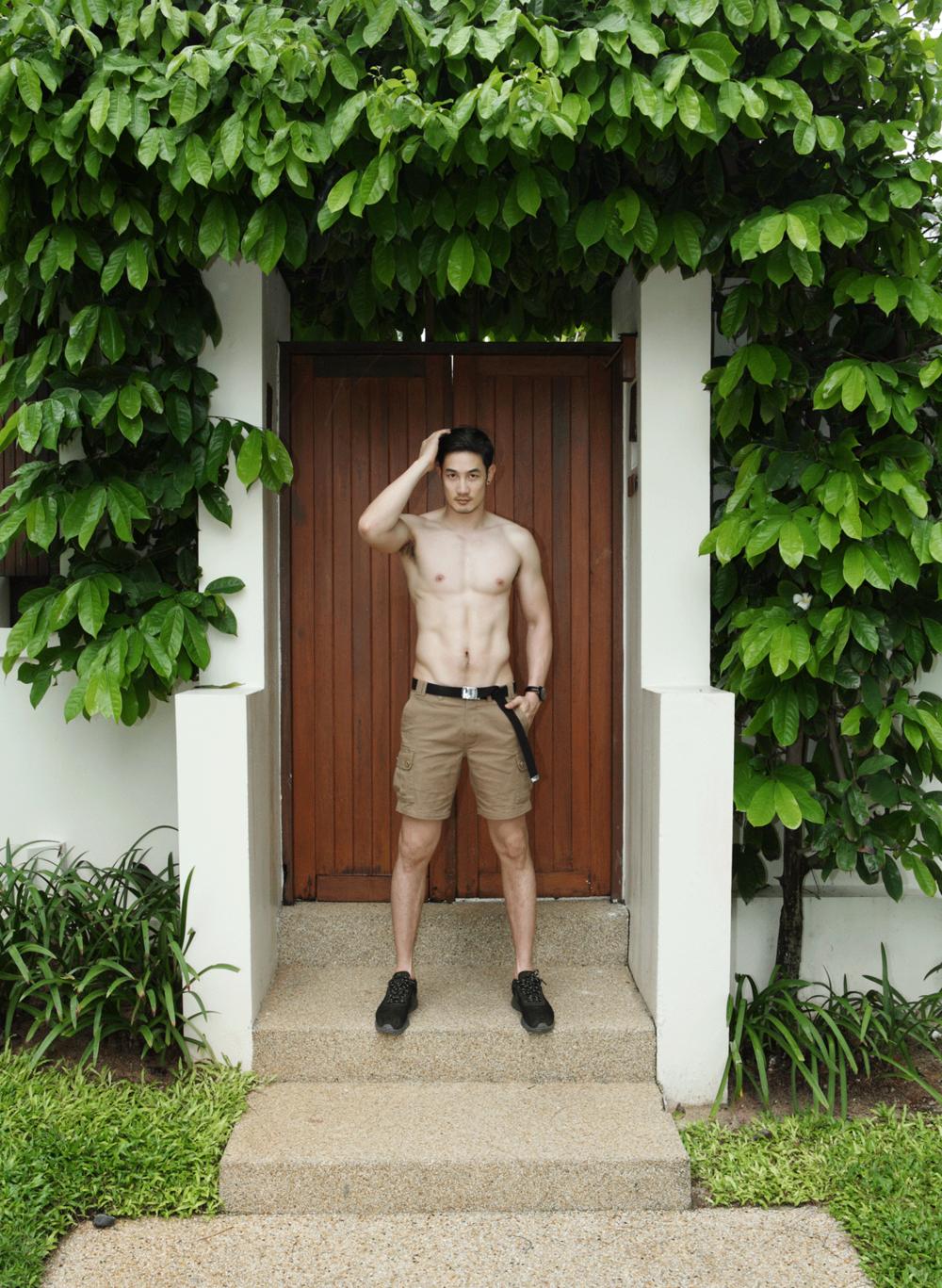 shorts : JBB* watch : MIDO Multifort