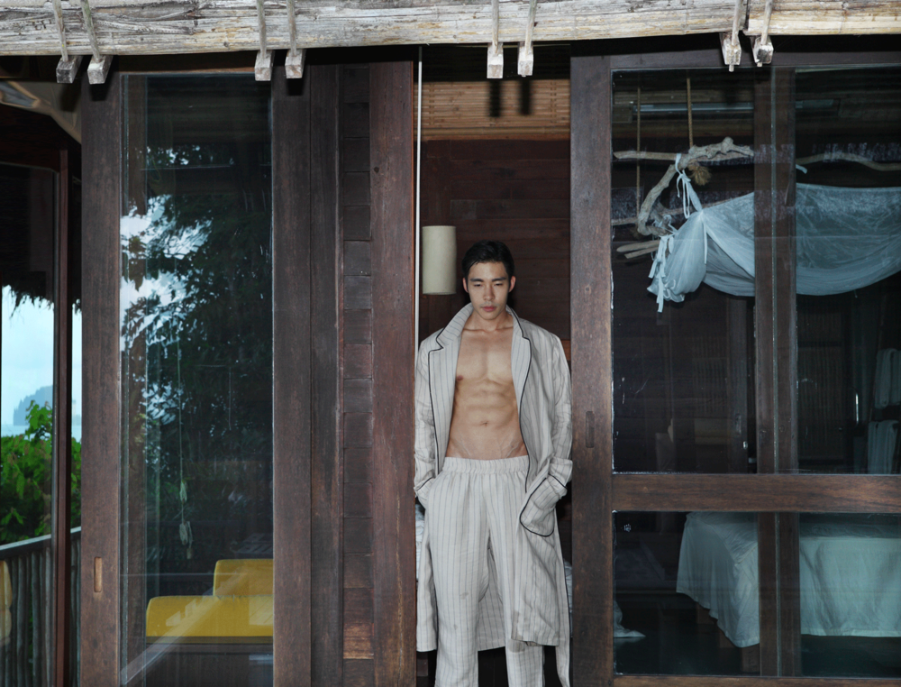 clothes : Leisure Project Store