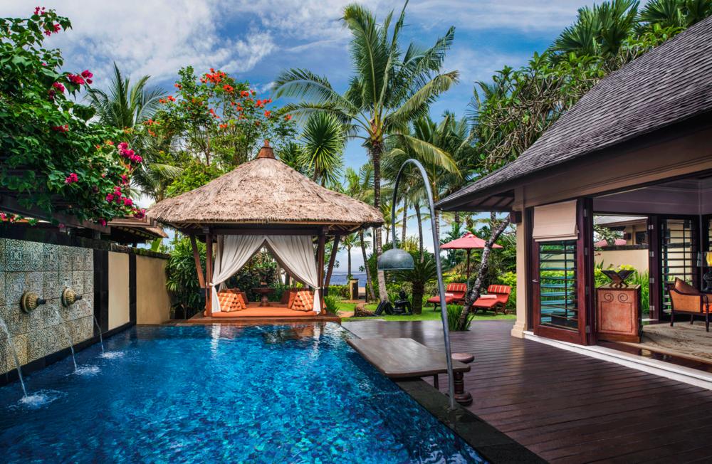 The private pool and gazebo at the Strand Villa