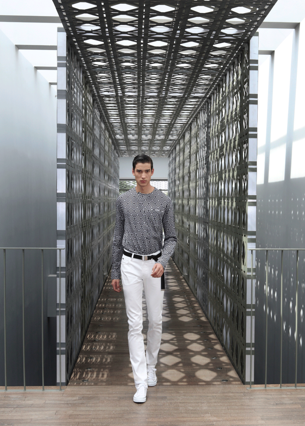clothes : Emporio Armani