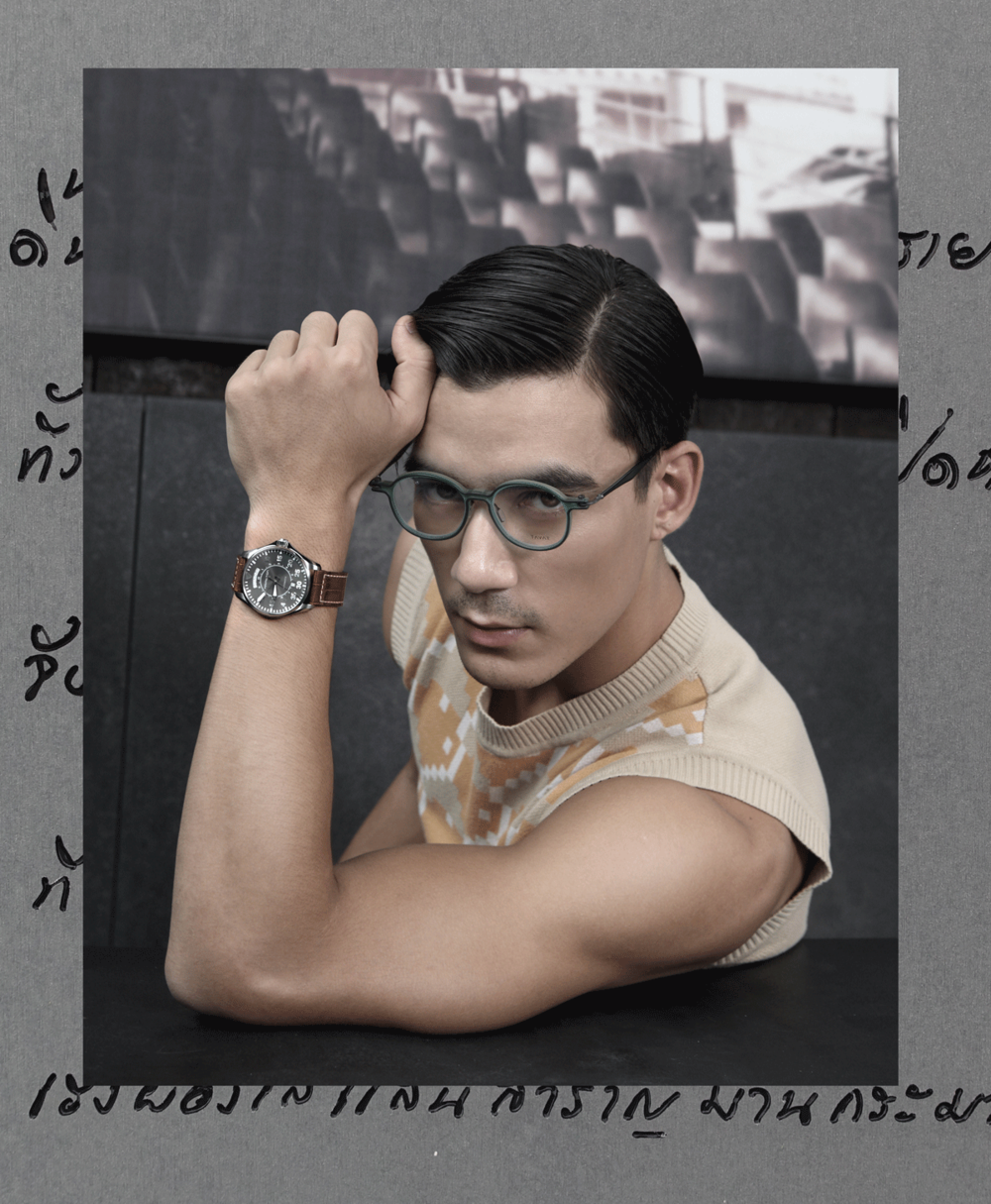 clothes : Everyday Karmakamet / watch : Hamilton Lhaki Pilot Day Date / eyeglasses : TAVAT