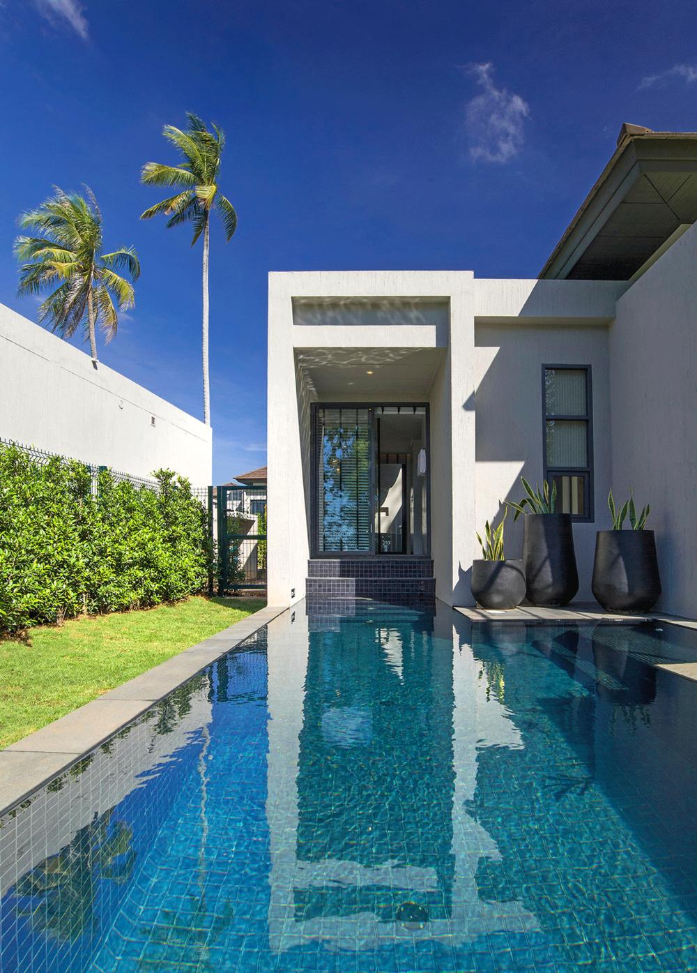 Seaview-Pool-Villa.png