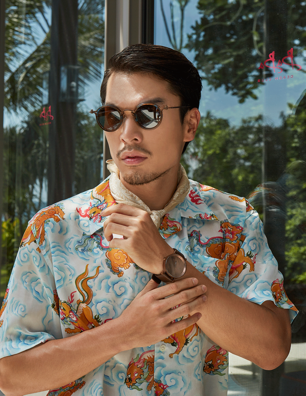 clothes : House of PB / sunglasses : TAVAT / watch : FORREST