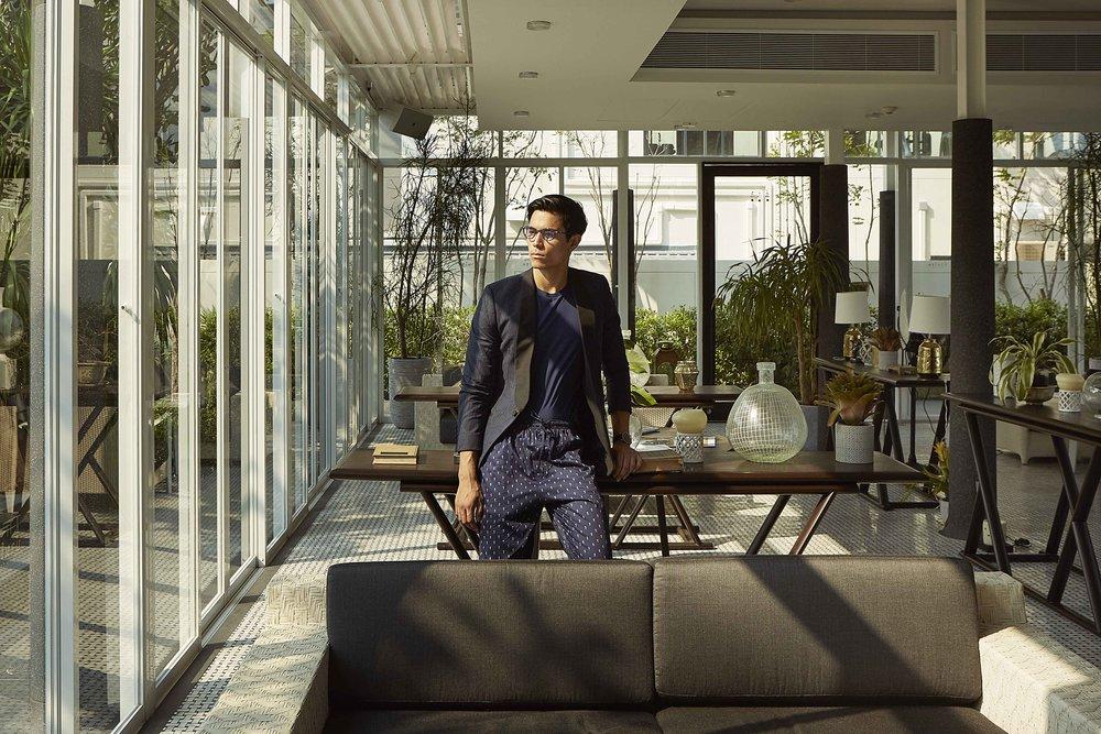 jacket : Leisure Projects / tshirt and pyjama pants : JOCKEY