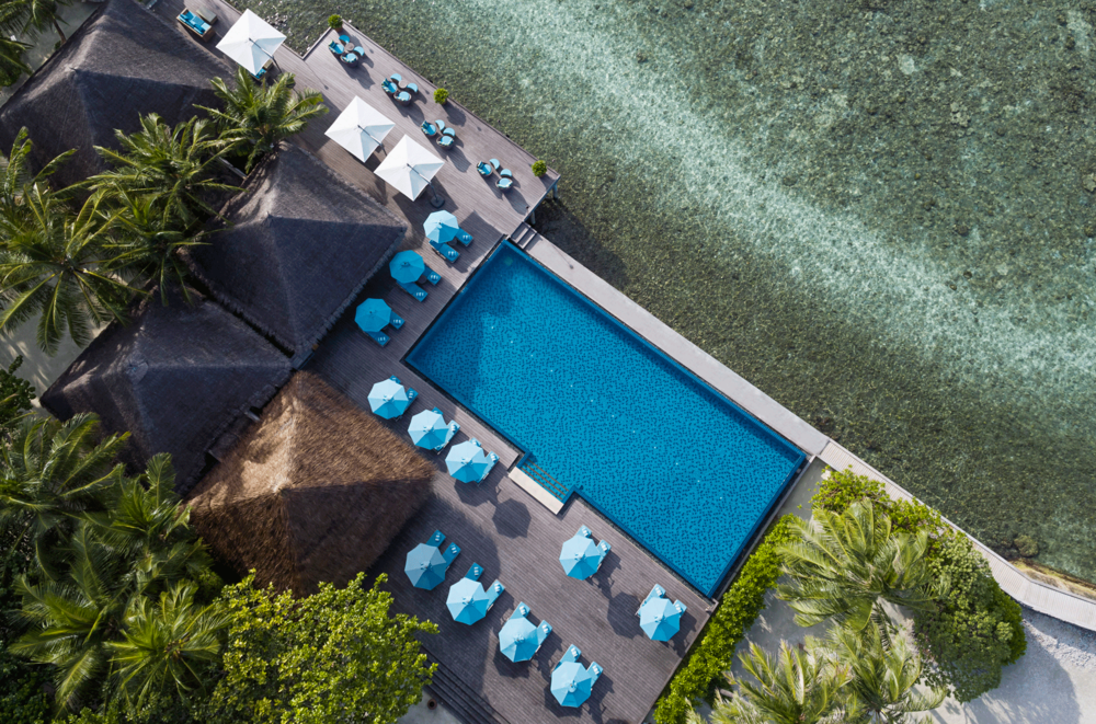 82283174-H1-AVEL_Dhoni_Pool_Aerial_01_G_A_H-copy.png