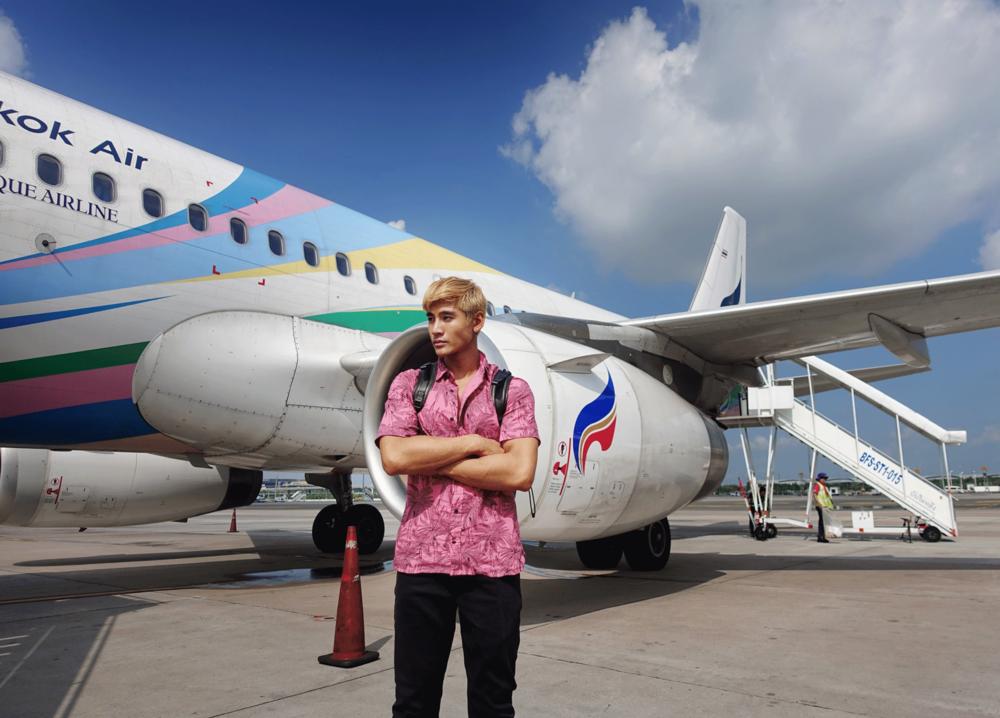 Special Thanks : BANGKOK AIRWAYS , Call Center at 1771, www.bangkokair.com  บางกอกแอร์เวย์สสายการบินเดียวในเอเชียที่ได้รับรางวัลสายการบินภูมิภาคดีเยี่ยมจากสกายแทรกซ์อะวอร์ดศติดต่อกันถึง6 ปีซ้อนมอบประสบการณ์เดินทางที่น่าประทับใจตั้งแต่ก้าวเข้าสู่ท่าอากาศยานสุวรรณภูมิขณะรอเที่ยวบินผ่อนคลายในห้องรับรองที่เพียบพร้อมด้วยเครื่องดื่มของว่างตลอดจนหนังสือพิมพ์นิตยสารมีบริการFree Wi-Fi ก่อนจะบินตรงสู่เกาะมัลดีฟส์โดยใช้เวลาเพียง4.30 ชั่วโมงด้วยฝูงบินใหม่แบบแอร์บัส319 ถึงที่หมายเหนือน่านน้ำมหาสมุทรอินเดียอย่างปลอดภัย  #bangkokairways #boutiquejourney #เที่ยวมัลดีฟส์แบบบูทีค
