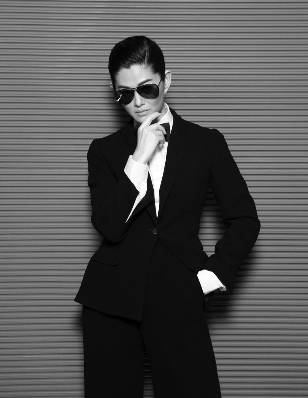 Suquan : clothes : ASAVA / sunglasses : Alexander McQueen