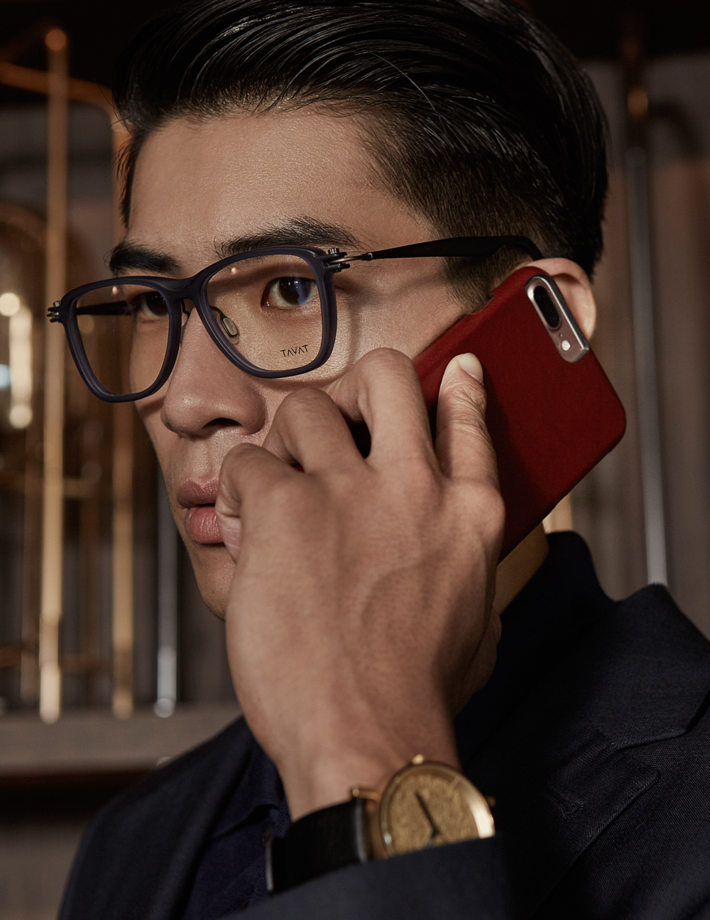 clothes : MARBLE & WOOD / watch : FORREST / eyeglasses : TAVAT  iphone case : MARBLE & WOOD