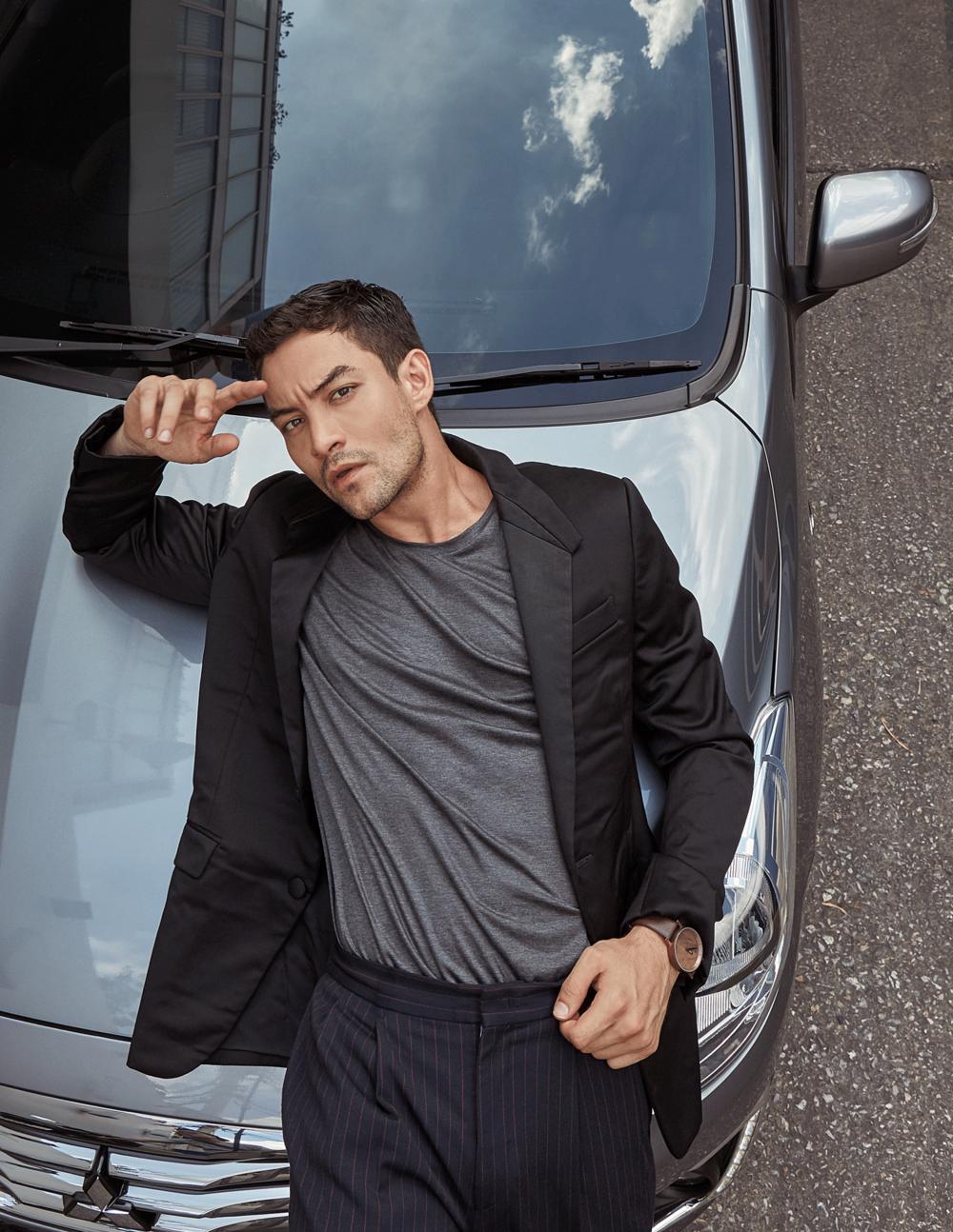 car : Mitsubishi NEW Attrage  jacket : GIVENCHY / tshirt : SARIT / watch : FORREST