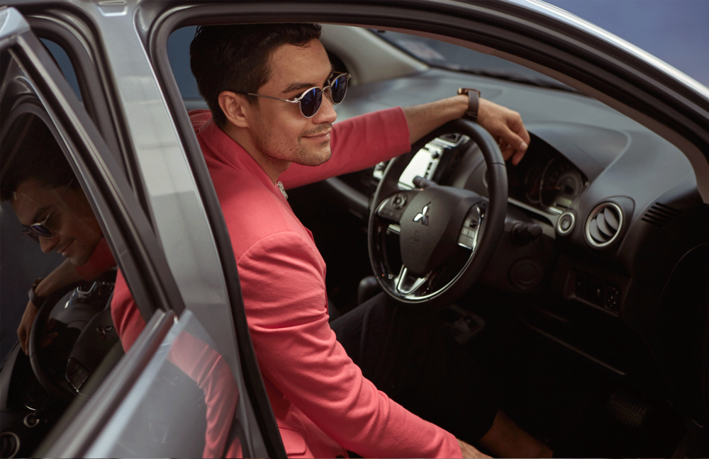 car : Mitsubishi NEW Attrage  clothes : SARIT / sunglasses : TAVAT / watch : FORREST