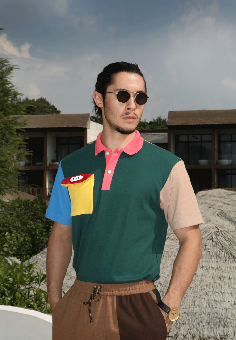 polo shirt : TIMO / pants : PAINKILLER / sunglasses : Boston Club / watch : FORREST