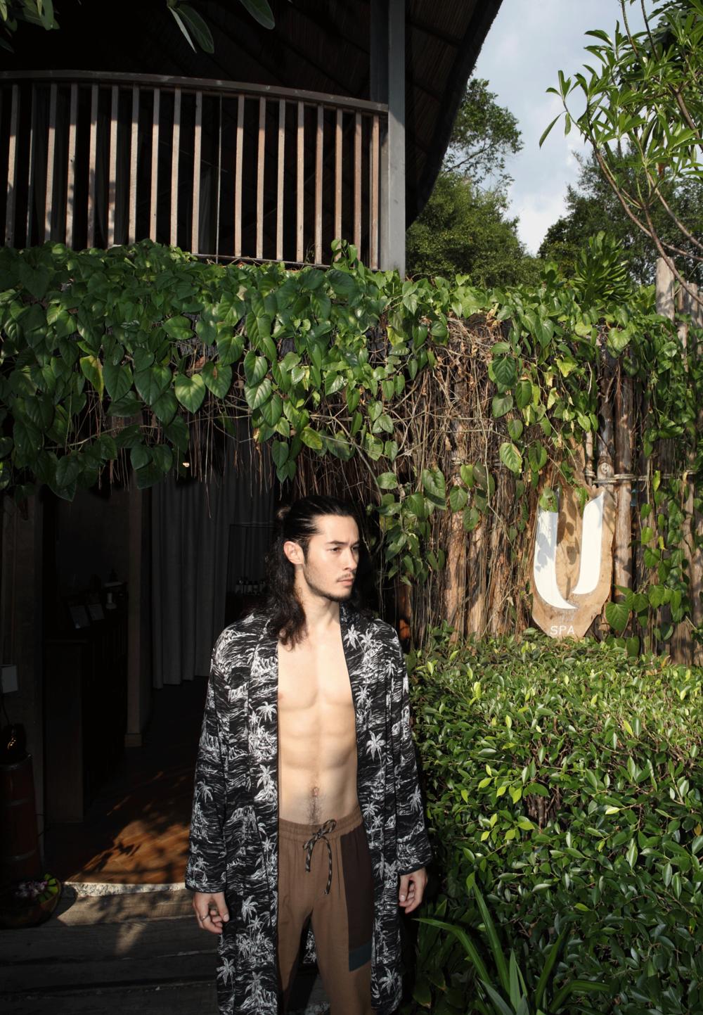 bathrobe : ISSUE /pants : PAINKILLER