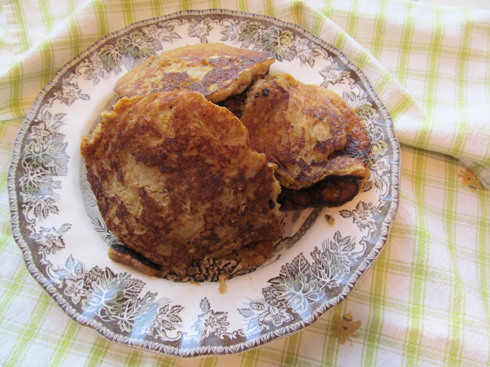 seekthewelfare // pumpkin pancakes (scd, gluten free, paleo)