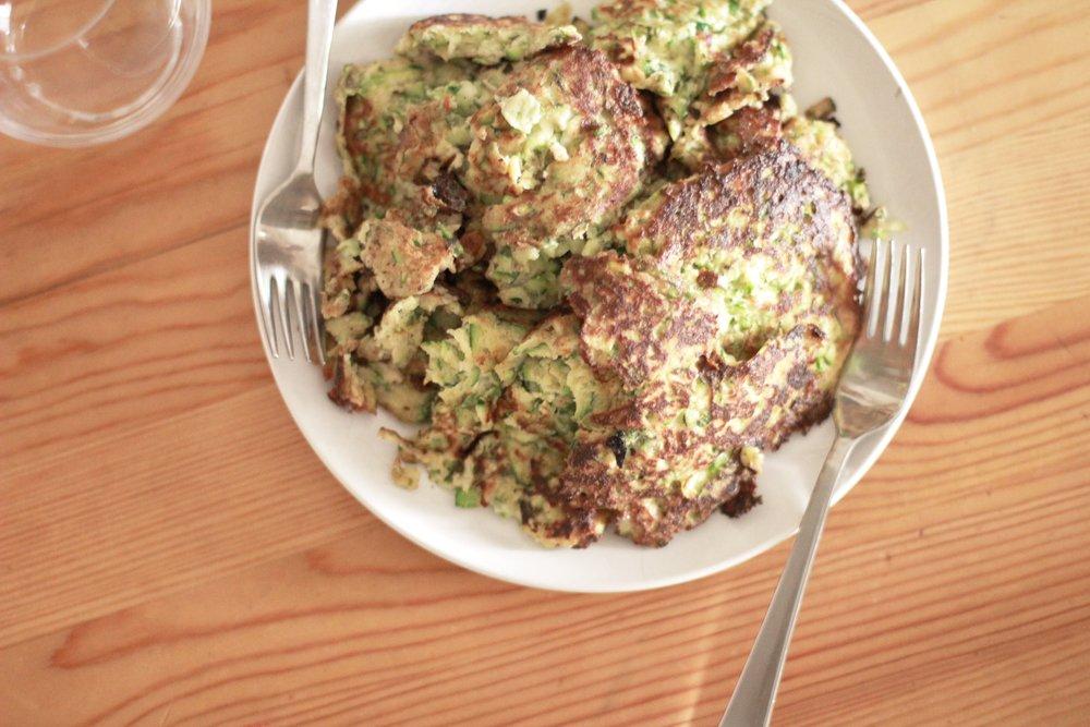zucchini fritters | seekthewelfare