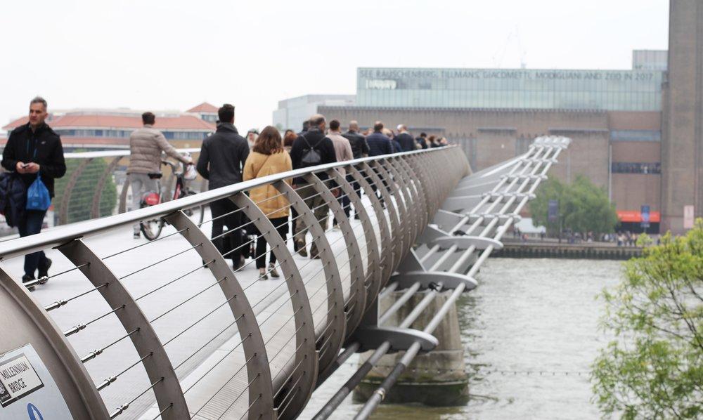 millenium bridge, london, england | seekthewelfare