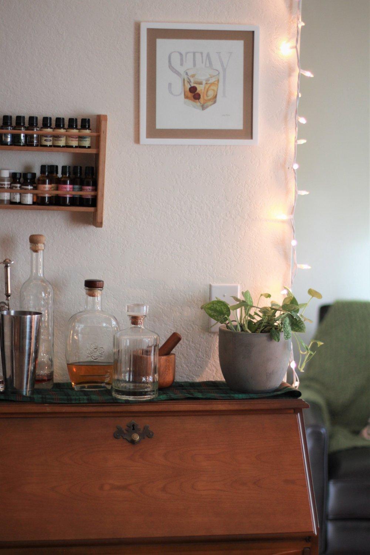 writing.desk.bar_seekwelfare