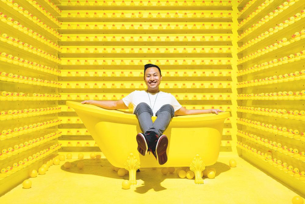 happy place bath tub