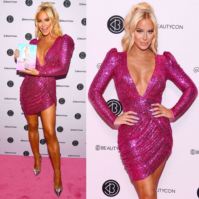 Beauty 💗 @gigigorgeous wearing @baotranchi at Beautycon today in NYC #catwrightstyle