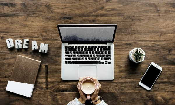 Struggling to Connect With Your Audience Online? Insiders Tip - Start By Owning Your Why.jpg