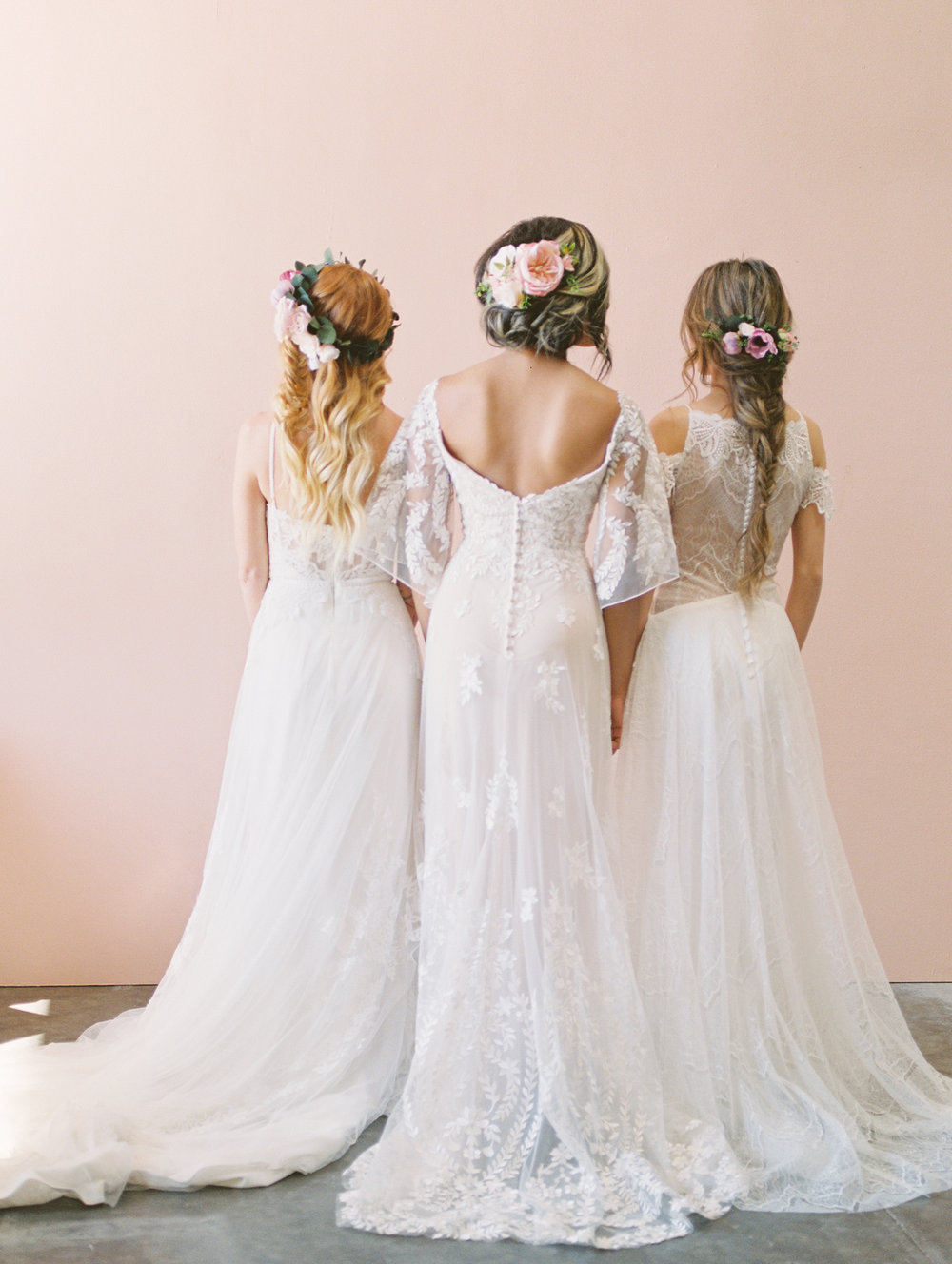 A Fun Bridal Portrait Shoot featuring Hairstyle Inspiration — Love ...