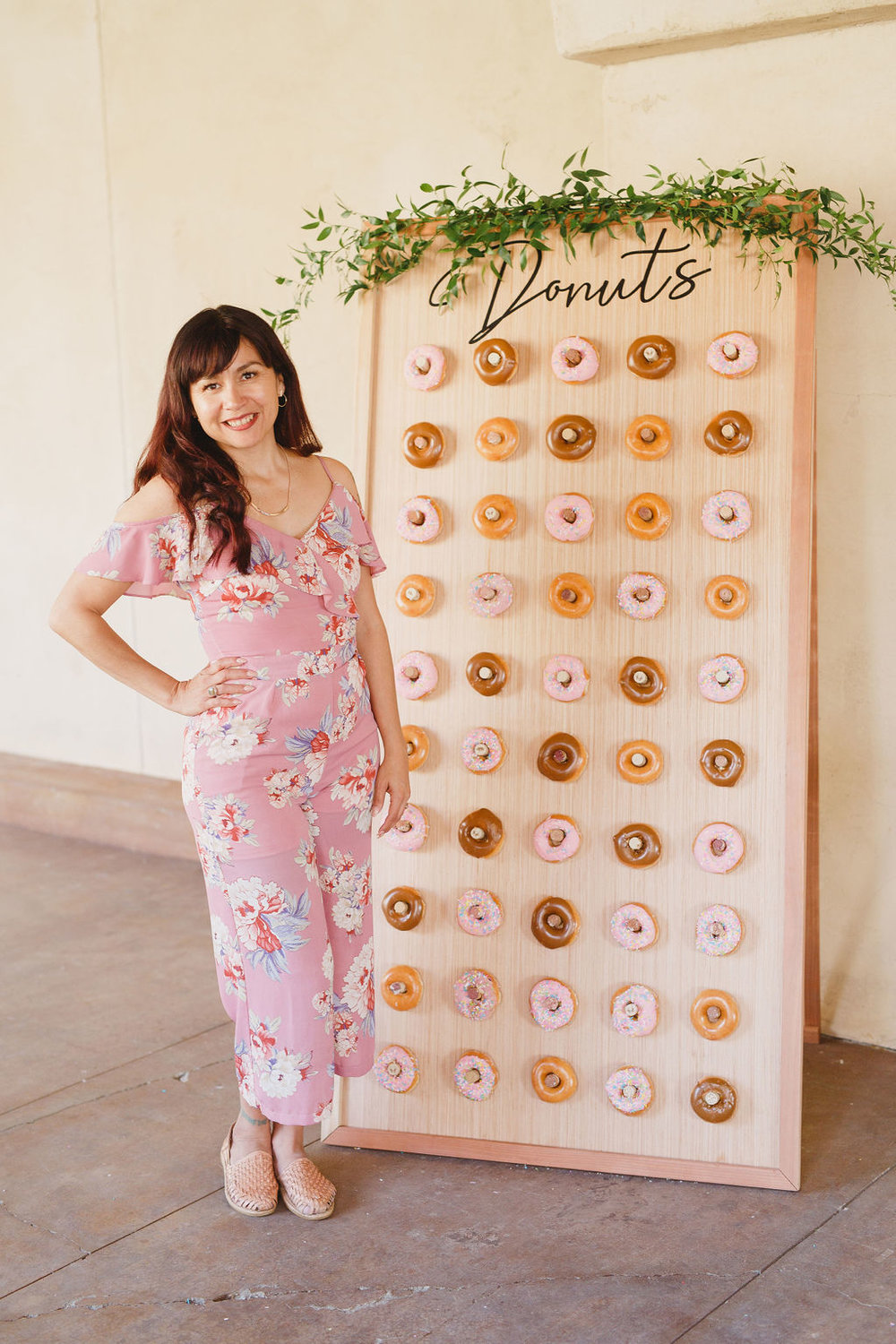 Brier Rose Design (Donut Wall)