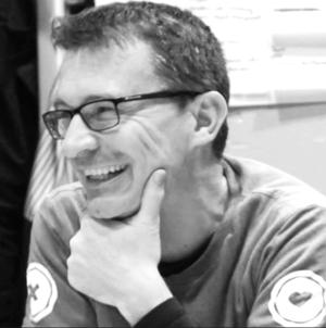 Dietmar Millinger   Dietmar hat mehr als 20 Jahre Erfahrung als Softwarearchitekt, SeniorEntwickler und Teamleiter von Entwicklungsteams. Dietmar ist im Team für die technische Entwicklung der Plattform verantwortlich und koordiniert alle Aktivitäten rund um das Produkt.
