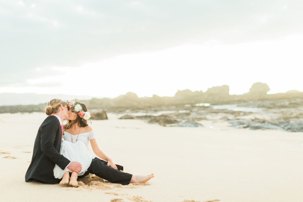 Hawaii-Coachella-Inspired-Elopement-2527.jpg