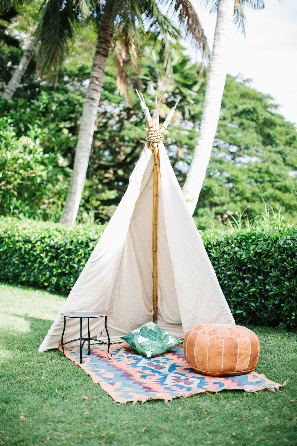 Teepee (Event Accents),  Silver Tray Top Side Table ,  Kauai Kilim Rug ,