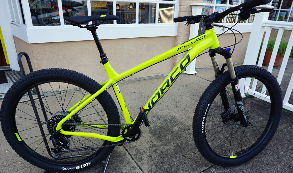 Norco Fluid 2 Large - Reg $1350, SALE $1080. Awesome spec on this hardtail 27.5+ bike. 11 speed Sram and Recon fork. Dropper too!