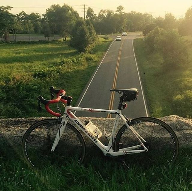 Pic of @carlinthecyclist's bike via @visitvbr. We had the pleasure of building up this fine Italian machine for John at the previous version of our Grandin shop. So glad he got the chance to enjoy a beautiful Saturday. #visitvbr #outsideisfree #roadcycling #blueridgeparkway #blueridgemountains