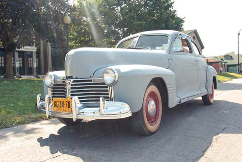 1941 Pontiac Business Coupe
