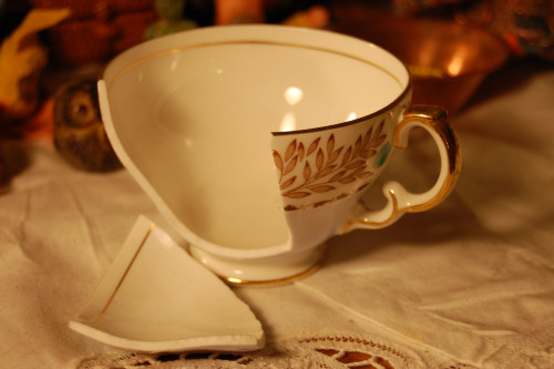 Source: Broken Teacup by Amelia_mg on  Flickr