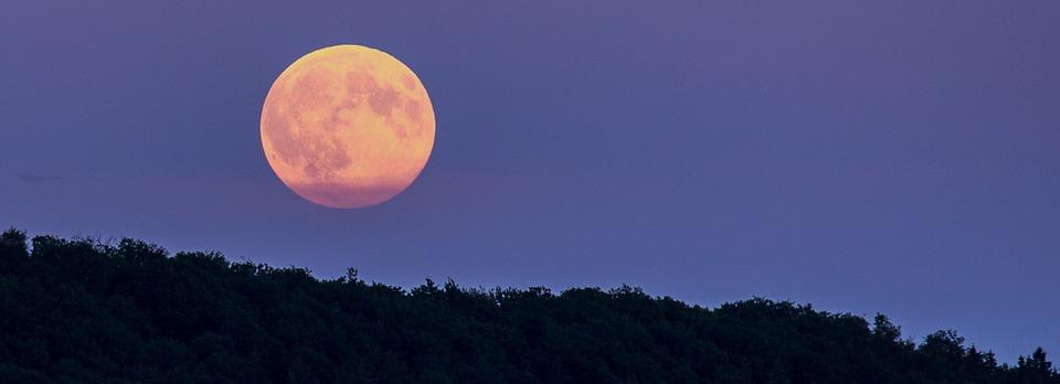 full-moon-965946_960_720.jpg