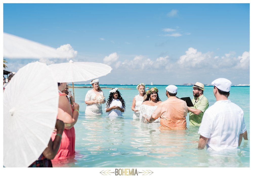 isla-mujeres-water-wedding_0029.jpg