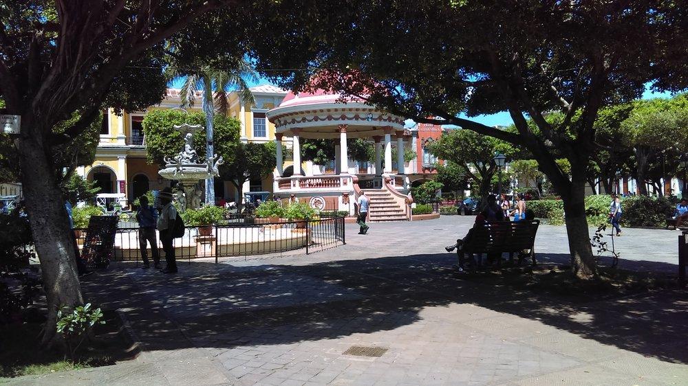 Parque Central: Square at the center of Granada, Nicaragua