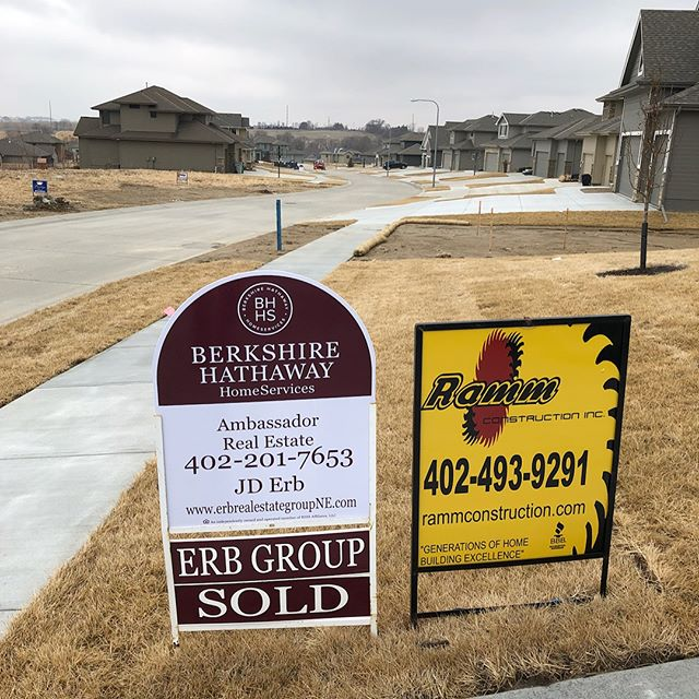 This Ramm Construction Rose floor plan will soon be someone's Home Sweet Home! #rammrocks #erbrealestategroupNE #oneandahalfstory #elkhornhomes #windgateranch #homesold