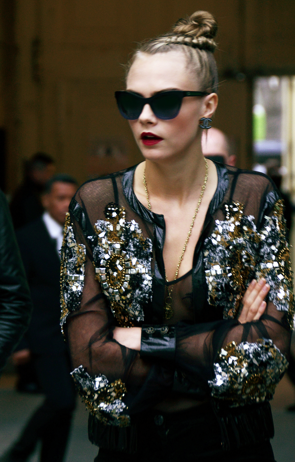 08_SS+16+HC_VIP+Picture+by+Stacy+Fuller_Cara+DELEVINGNE.jpg