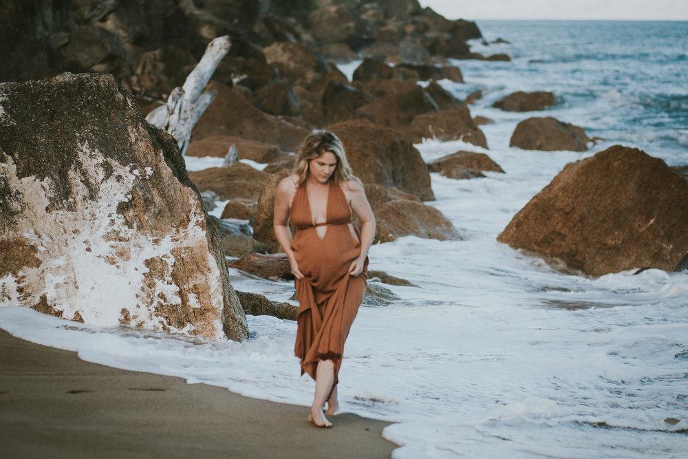Lisa Fisher Photography - Hawkes bay Maternity shoot waipatiki beach-28.jpg