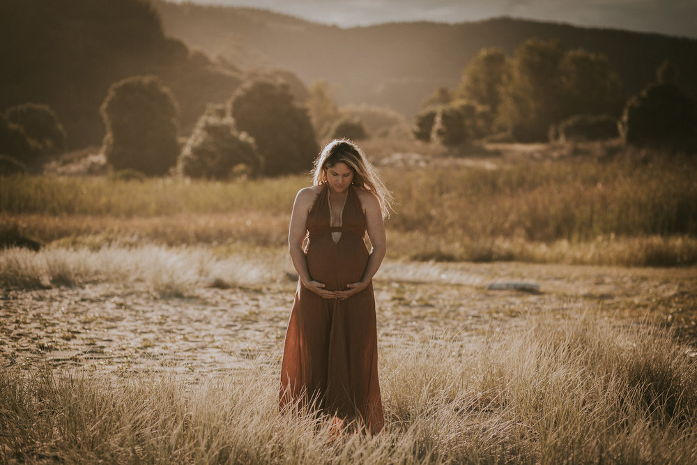 Lisa Fisher Photography - Hawkes bay Maternity shoot waipatiki beach-40.jpg