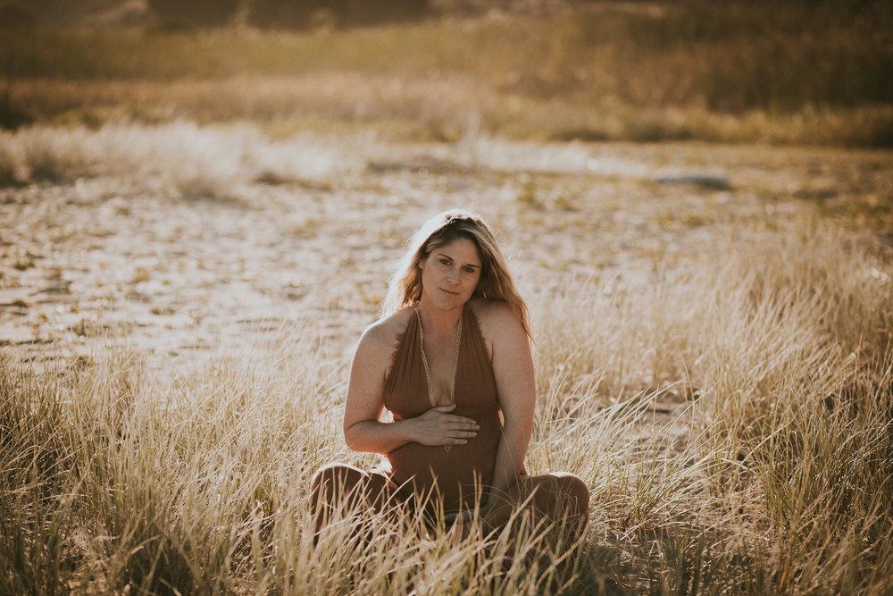 Lisa Fisher Photography - Hawkes bay Maternity shoot waipatiki beach-43.jpg