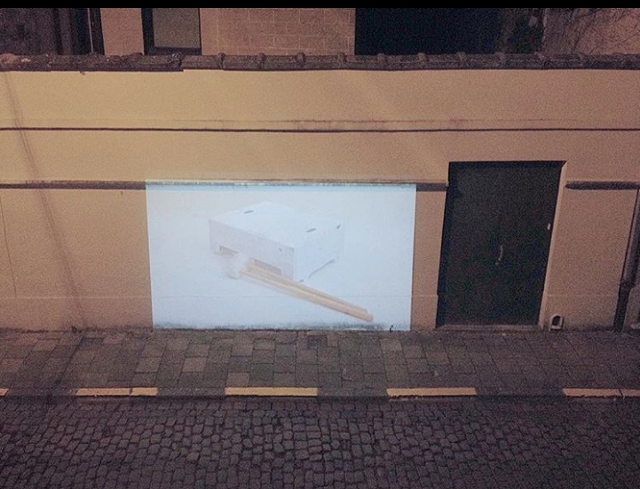 Screening of Blanco Manifest on the street