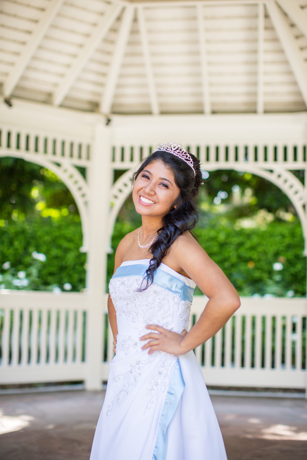 What a beautiful debutante/princess!