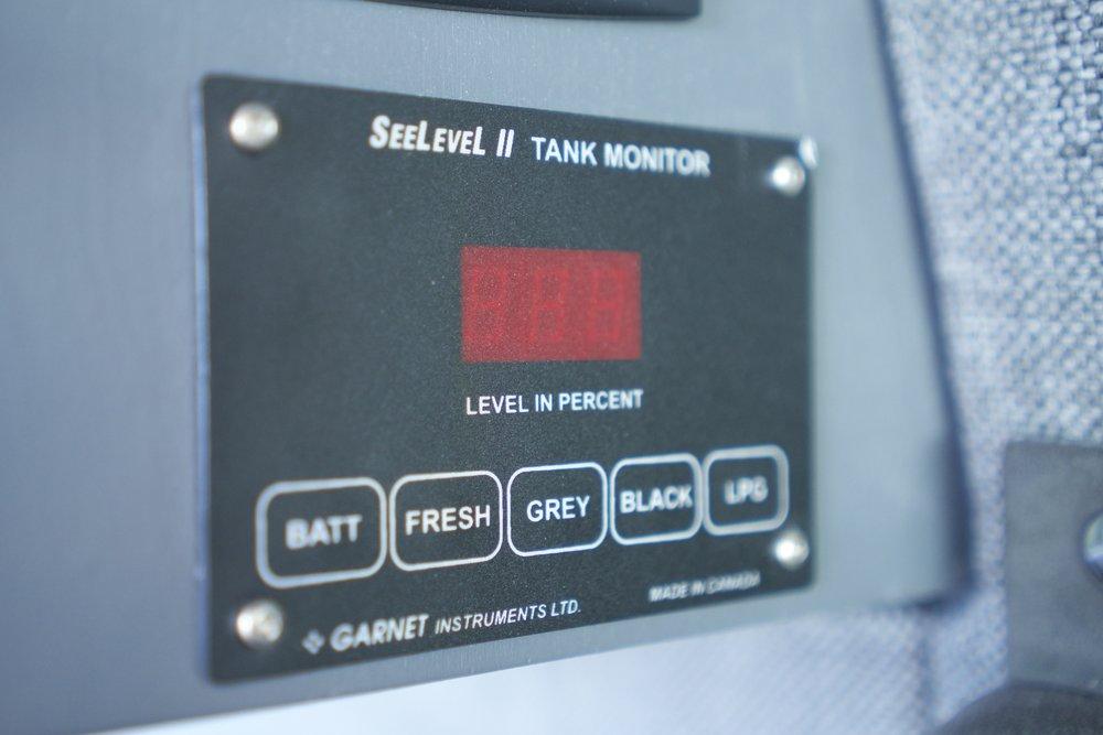 3-Tank Gauge