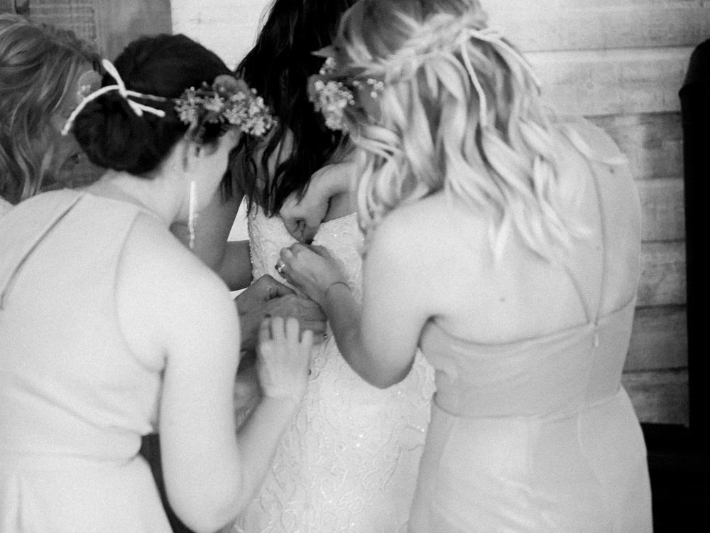 Idaho Wedding Photographer Jenny Losee (5 of 15).jpg