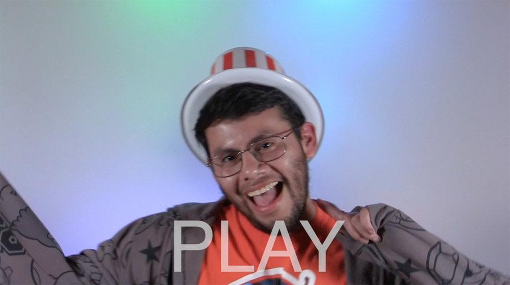 Javier-play.jpg