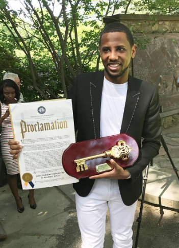 Congrats to Fabolous - on receiving the key to his hometown of Brooklyn, New York. The ceremony went down in the Brooklyn Botanic Garden where he was honored along with Jean-Michel Basquiat. After getting the key to BK, Fab later went on to express his gratitude.