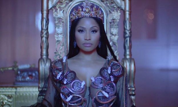 Nicki Minaj - was recently presented with the key to her hometown the city of Queens, New York.The card says,