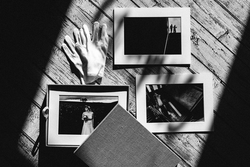 Matted Signature Prints von QT Albums